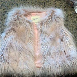 Girls faux fur pink vest by Cheroke size 4/5 (xs)